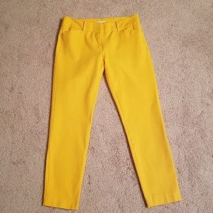 Golden yellow cropped pants